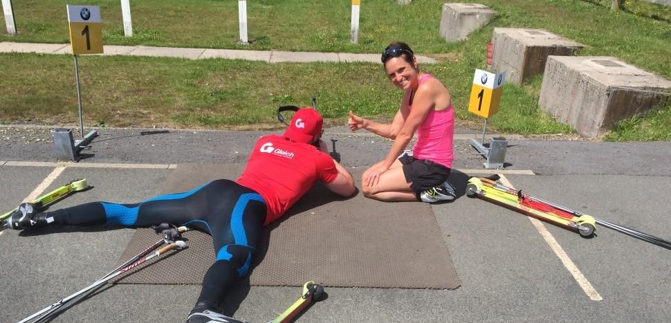 Dr. Michèl Gleich trainiert mit Biathlon-Olympiasiegerin und Weltmeisterin Andrea Henkel